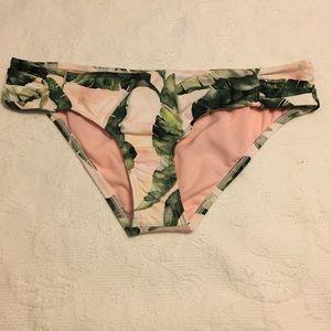 NWT Antonio Melani swimsuit bottom pink - leaves